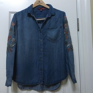 Saks fifth Ave denim embroidered shirt
